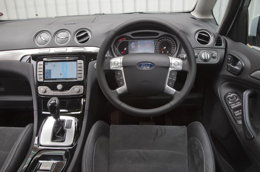Ford S-MAX I Restyling 2010 - 2015 Minivan #2