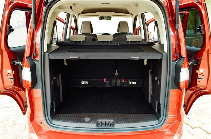 Ford Tourneo Courier 2014 - now Compact MPV #2