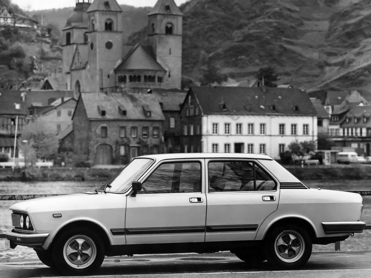 FSO 132p 1974 - 1978 Sedan #1