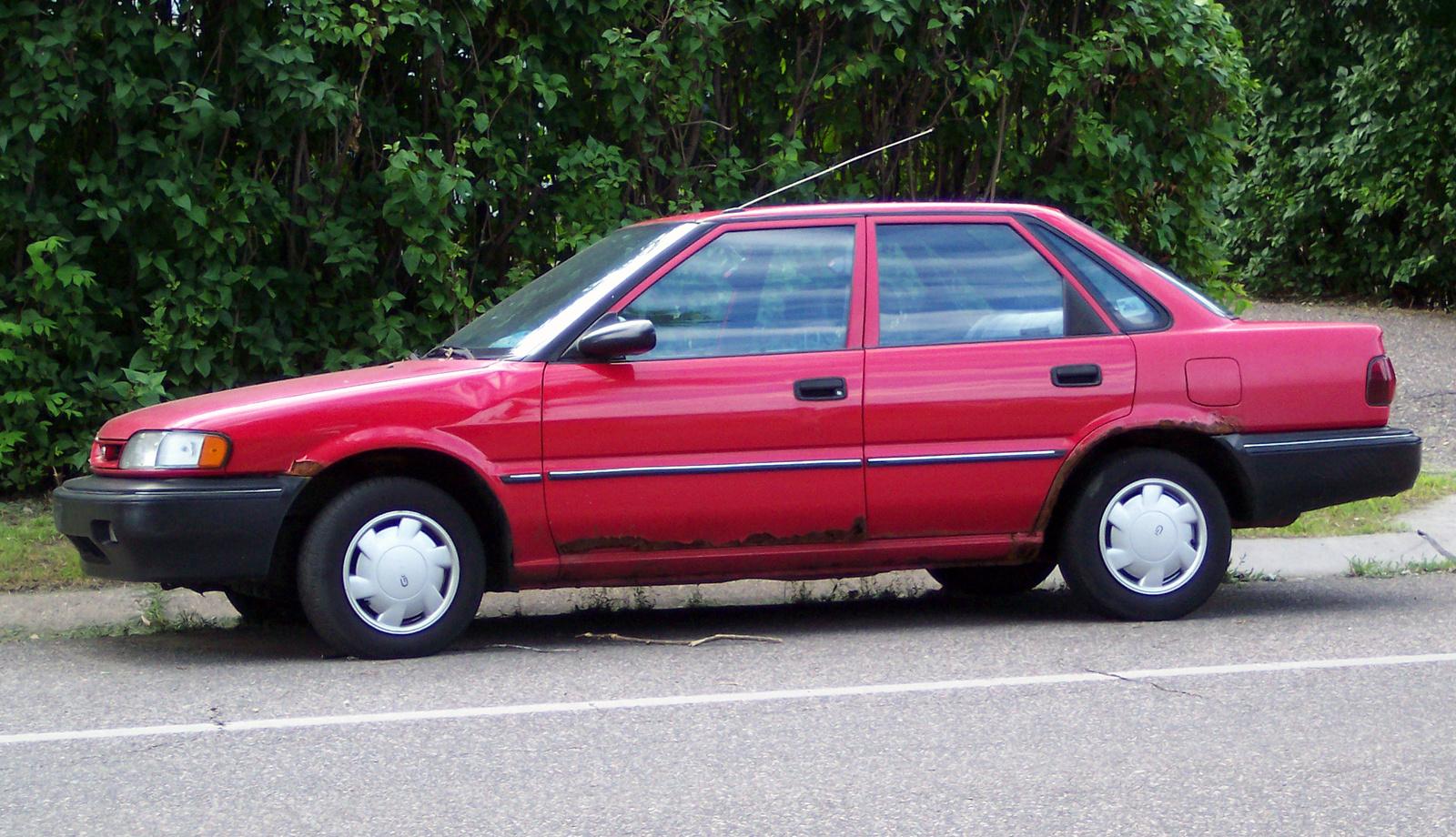 Geo Spectrum 1990 - 1993 Sedan #7