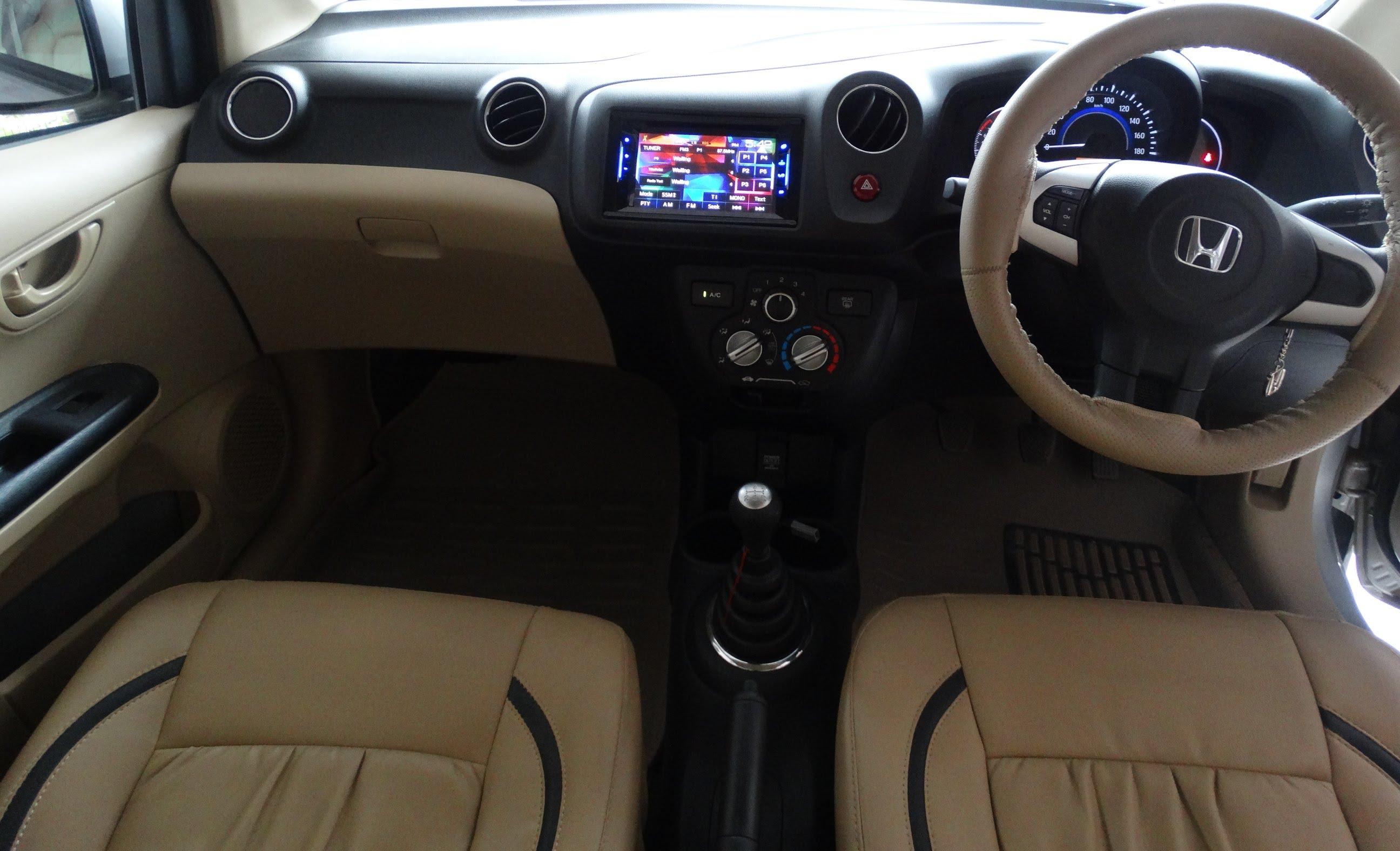Honda Brio I 2011 - now Hatchback 5 door #6