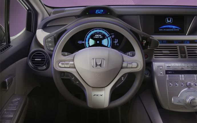 Honda FCX Clarity 2008 - 2014 Sedan #8