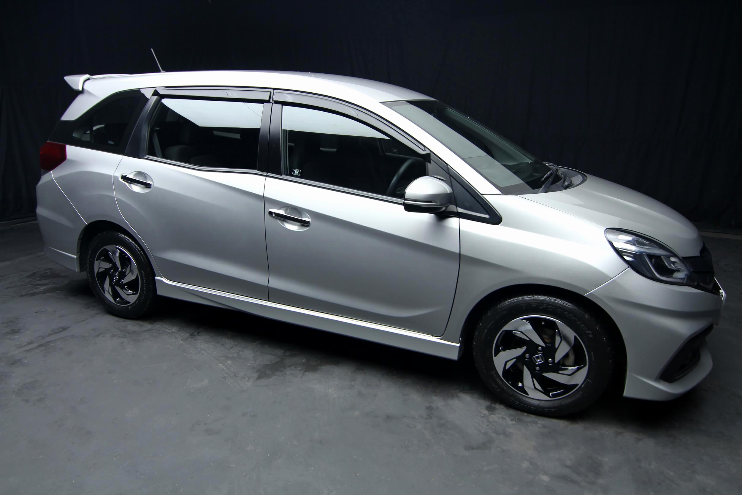 Honda Mobilio I Restyling 2004 - 2008 Compact MPV ...