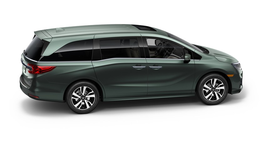 Honda Odyssey (North America) V 2017 - now Minivan #5