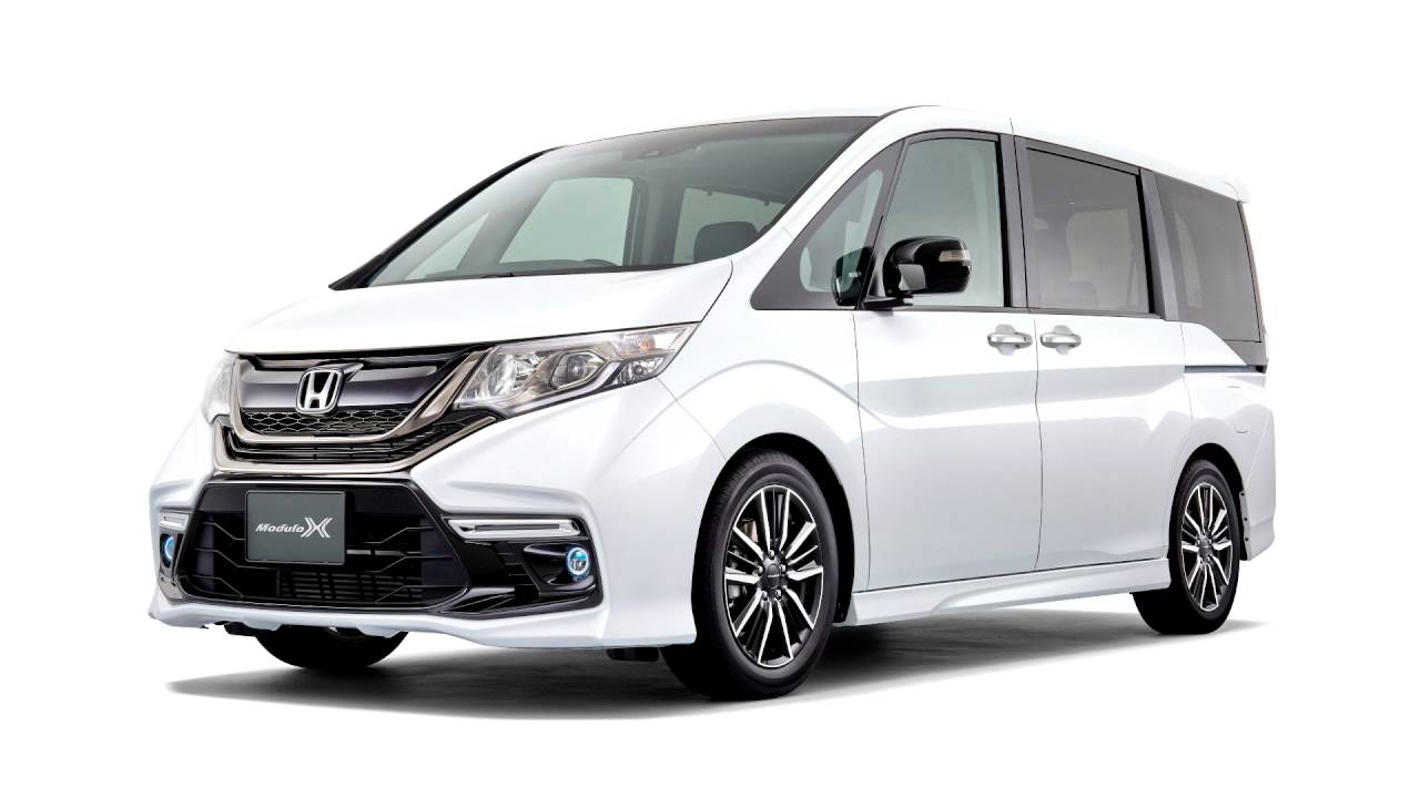 Honda Stepwgn V 2015 - now Minivan #2