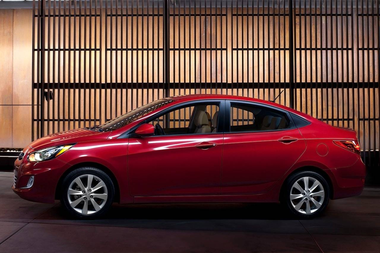 Hyundai Solaris I Restyling 2014 - now Sedan #8