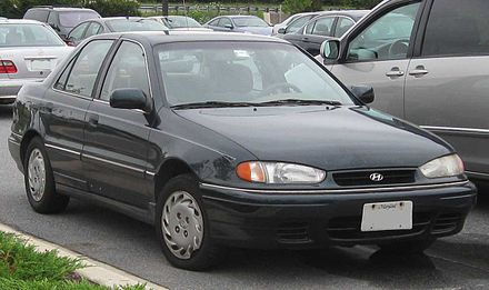 Hyundai Lantra I 1990 - 1995 Sedan #5