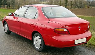 Hyundai Lantra I 1990 - 1995 Sedan #4