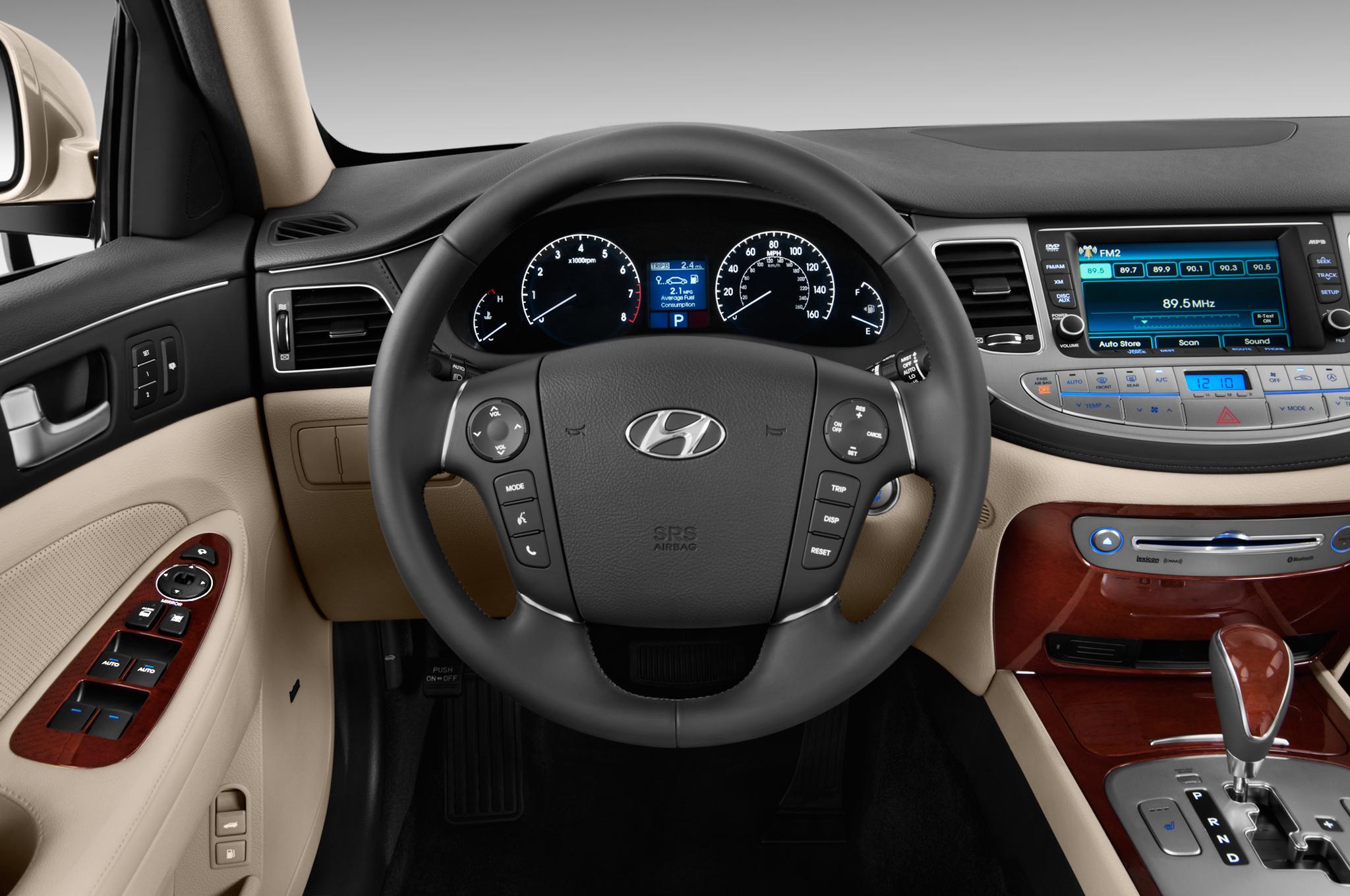 Hyundai Equus II 2009 - 2013 Sedan #1
