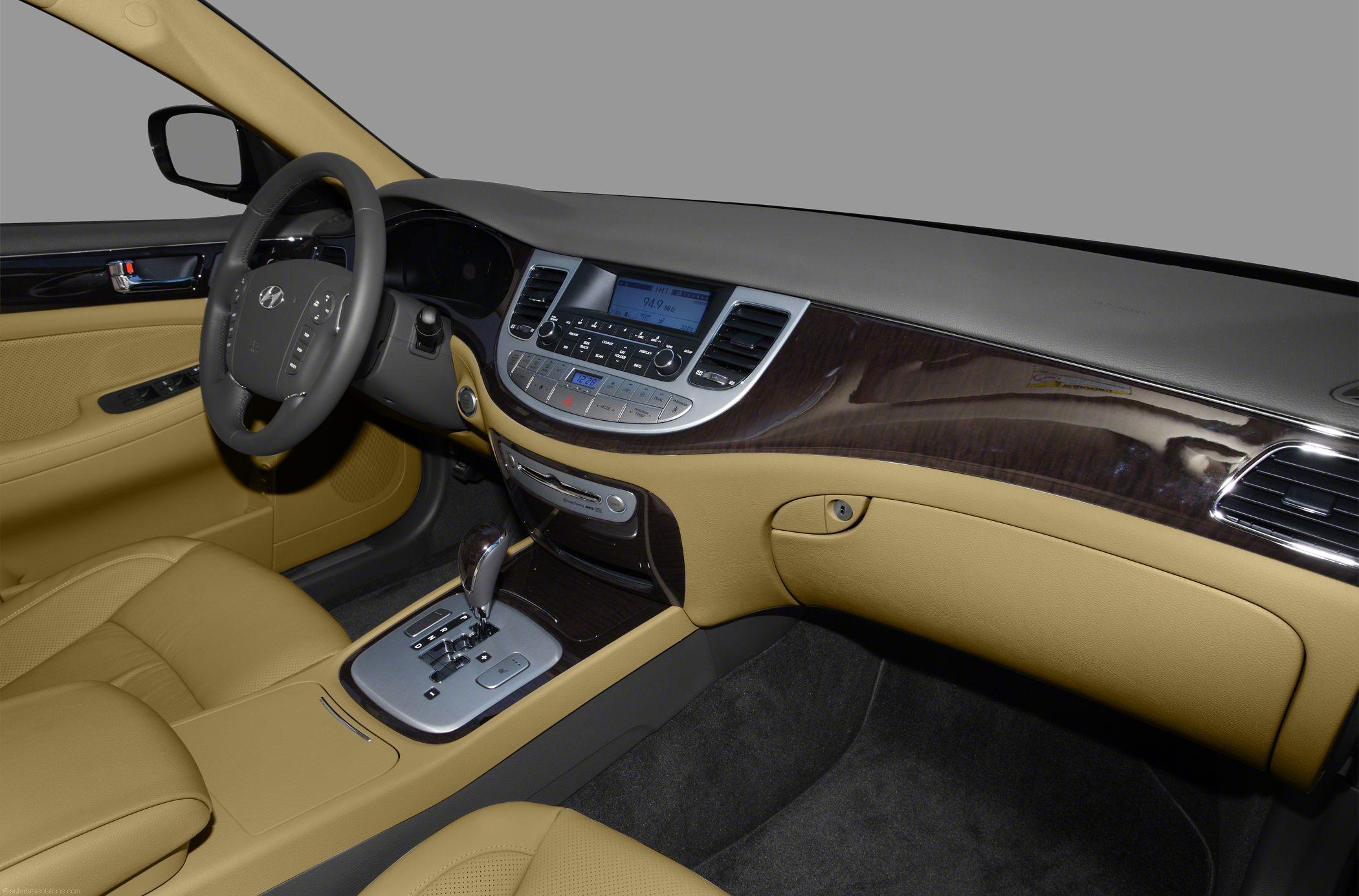 Hyundai Genesis I 2008 - 2011 Sedan #4