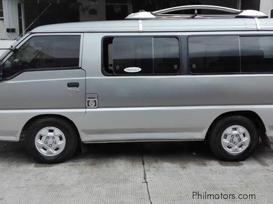 Hyundai Grace 1986 - 2004 Minivan #3