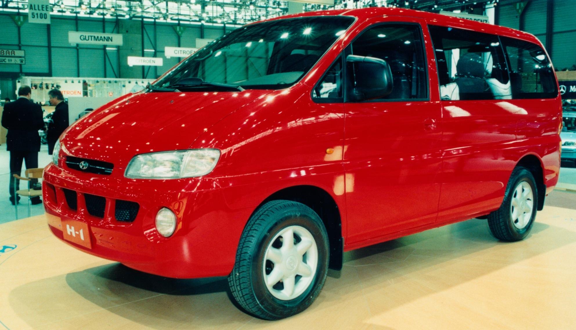 Hyundai H-1 I Restyling 2004 - 2007 Minivan #1