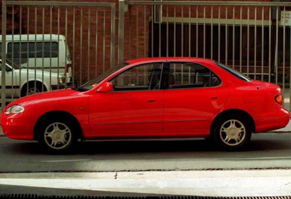 Hyundai Lantra I 1990 - 1995 Sedan #3