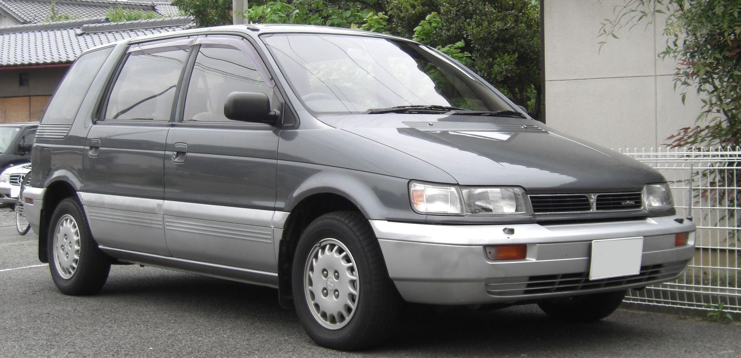 Mitsubishi RVR I 1991 - 1997 Compact MPV #4