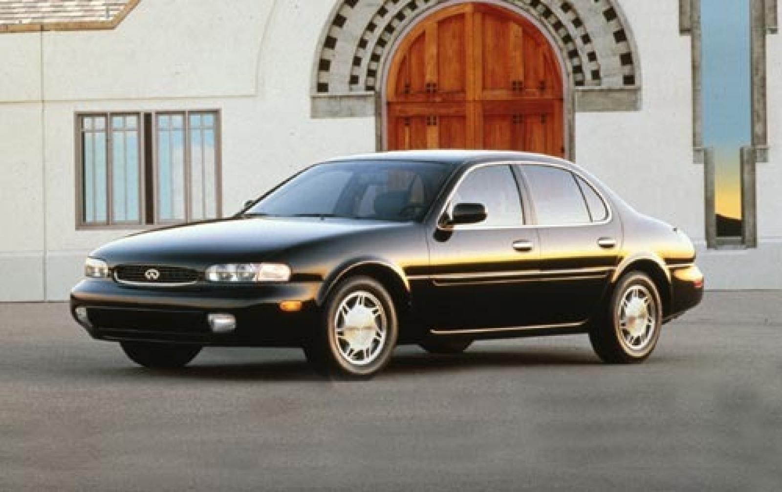 Infiniti I I 1995 - 1999 Sedan #1