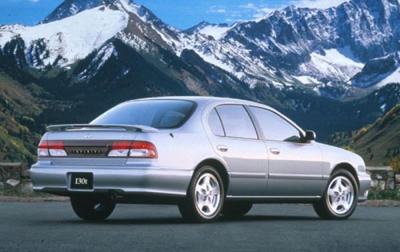 Infiniti I I 1995 - 1999 Sedan #4