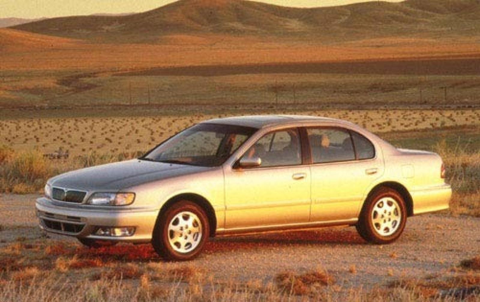 Infiniti I I 1995 - 1999 Sedan #2