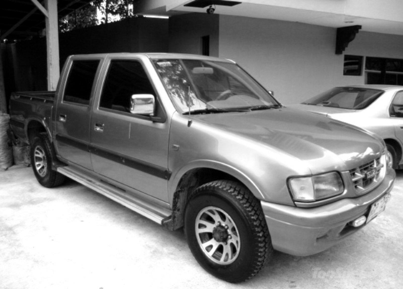 Isuzu KB III (TF) 1998 - 2003 Pickup #2