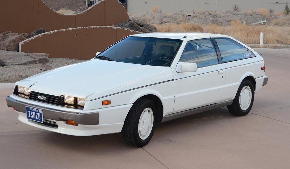 Isuzu Piazza II 1990 - 1993 Hatchback 3 door #1