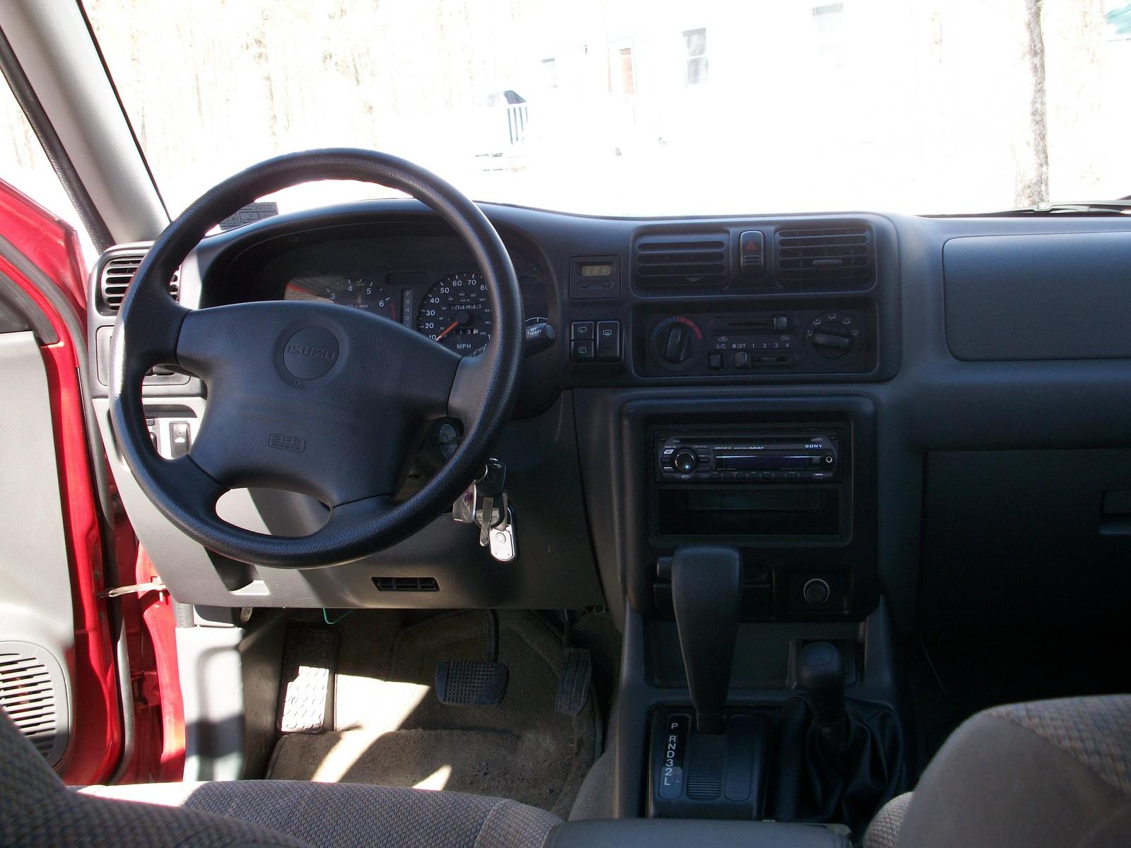Isuzu Rodeo II 1998 - 2004 SUV #6