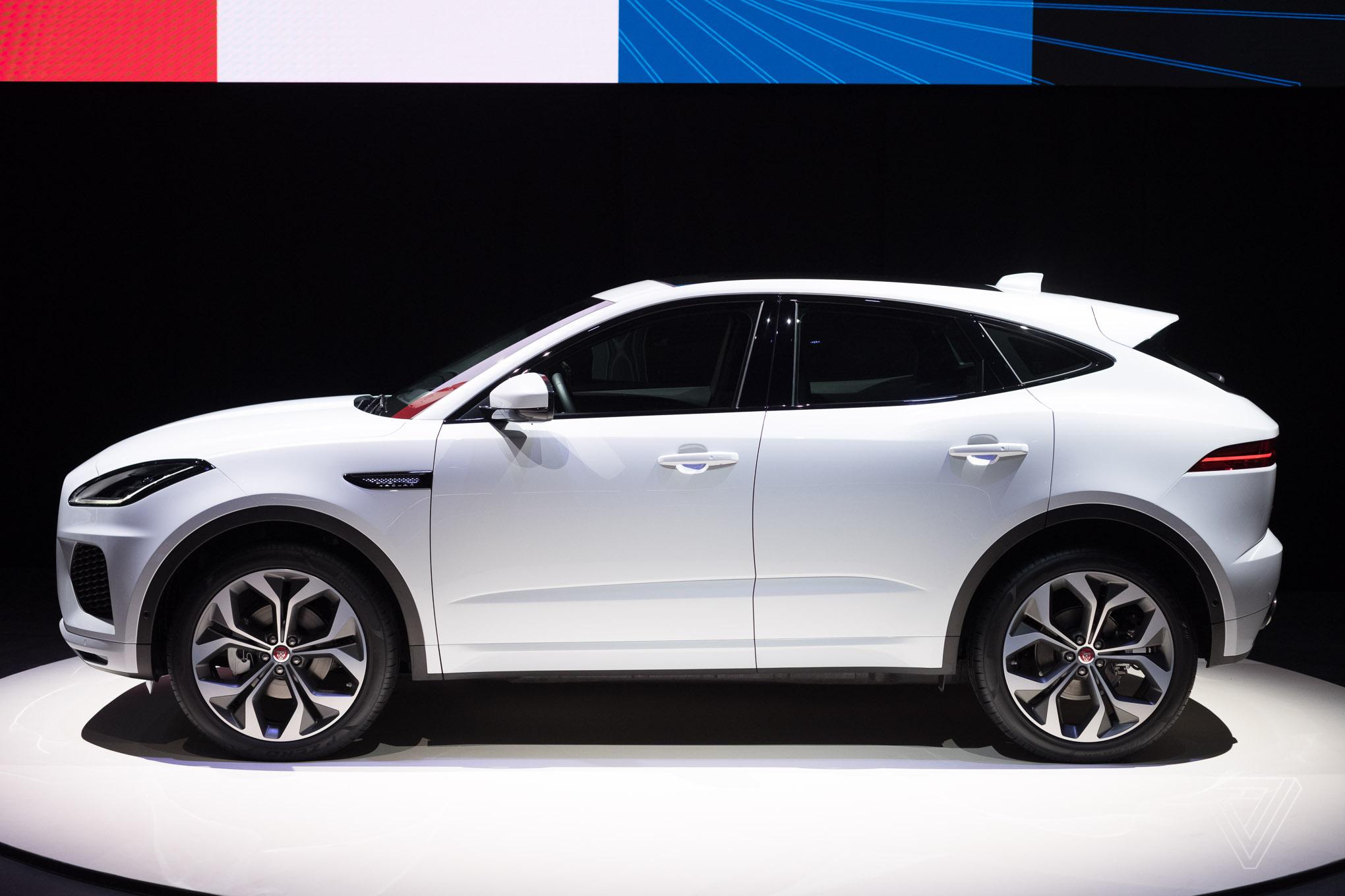 Jaguar E-Pace 2017 - now SUV 5 door :: OUTSTANDING CARS