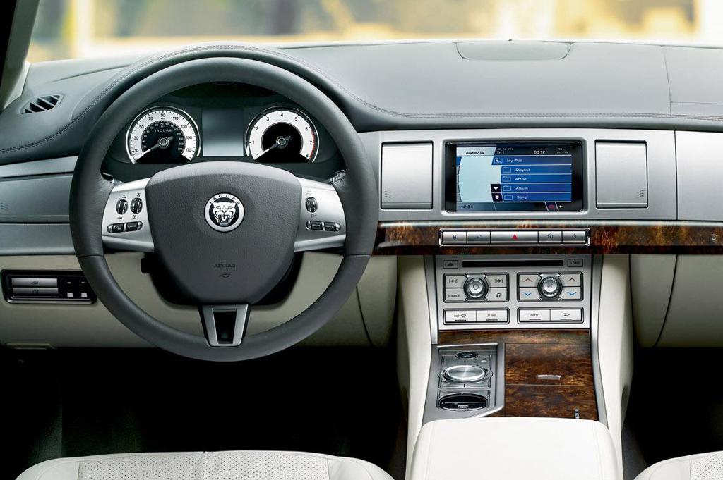 Jaguar XFR I 2009 - 2011 Sedan #4