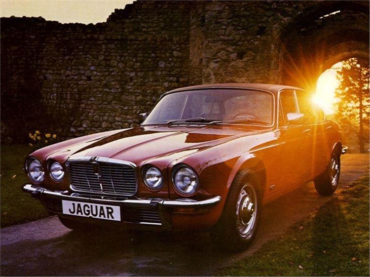 Jaguar XJ I (Series 2) 1973 - 1979 Sedan #2