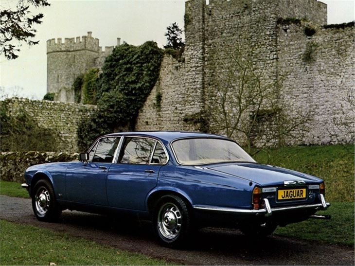 Jaguar XJ I (Series 2) 1973 - 1979 Sedan #5