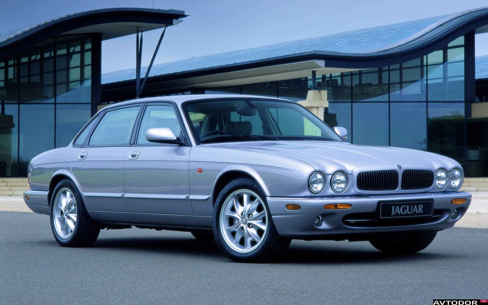 Jaguar XJ II (X308) 1997 - 2003 Sedan #3