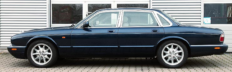Jaguar XJ II (X308) 1997 - 2003 Sedan #5