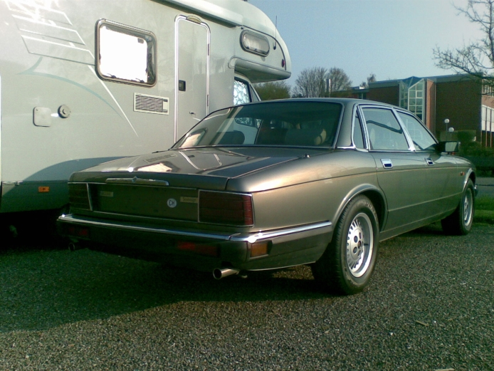 Jaguar XJ II (XJ40) 1986 - 1994 Sedan #4