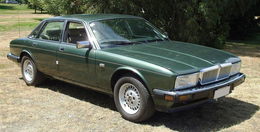 Jaguar XJ II (XJ40) 1986 - 1994 Sedan #5