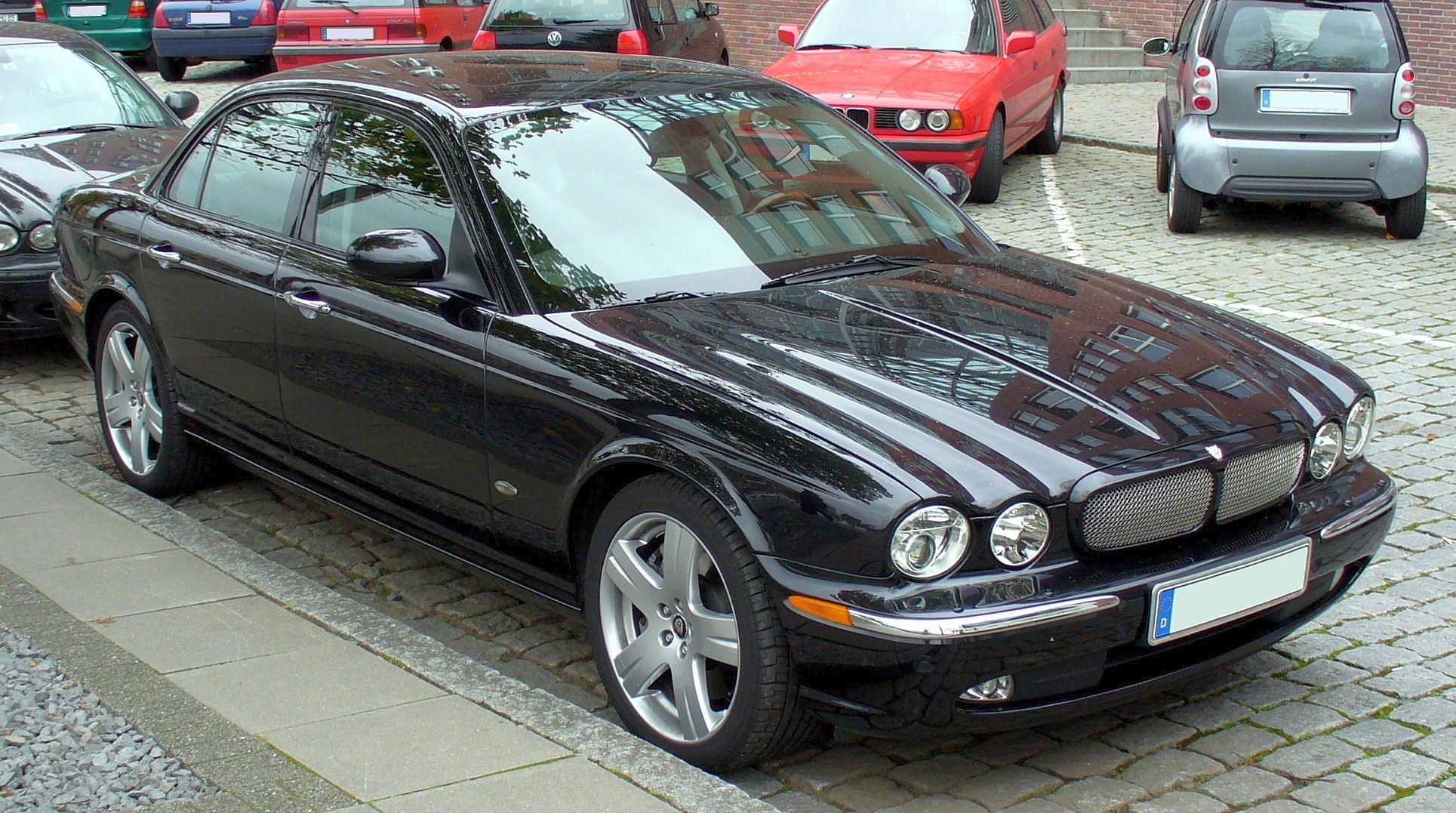Jaguar XJR III (X350) 2003 - 2007 Sedan #6