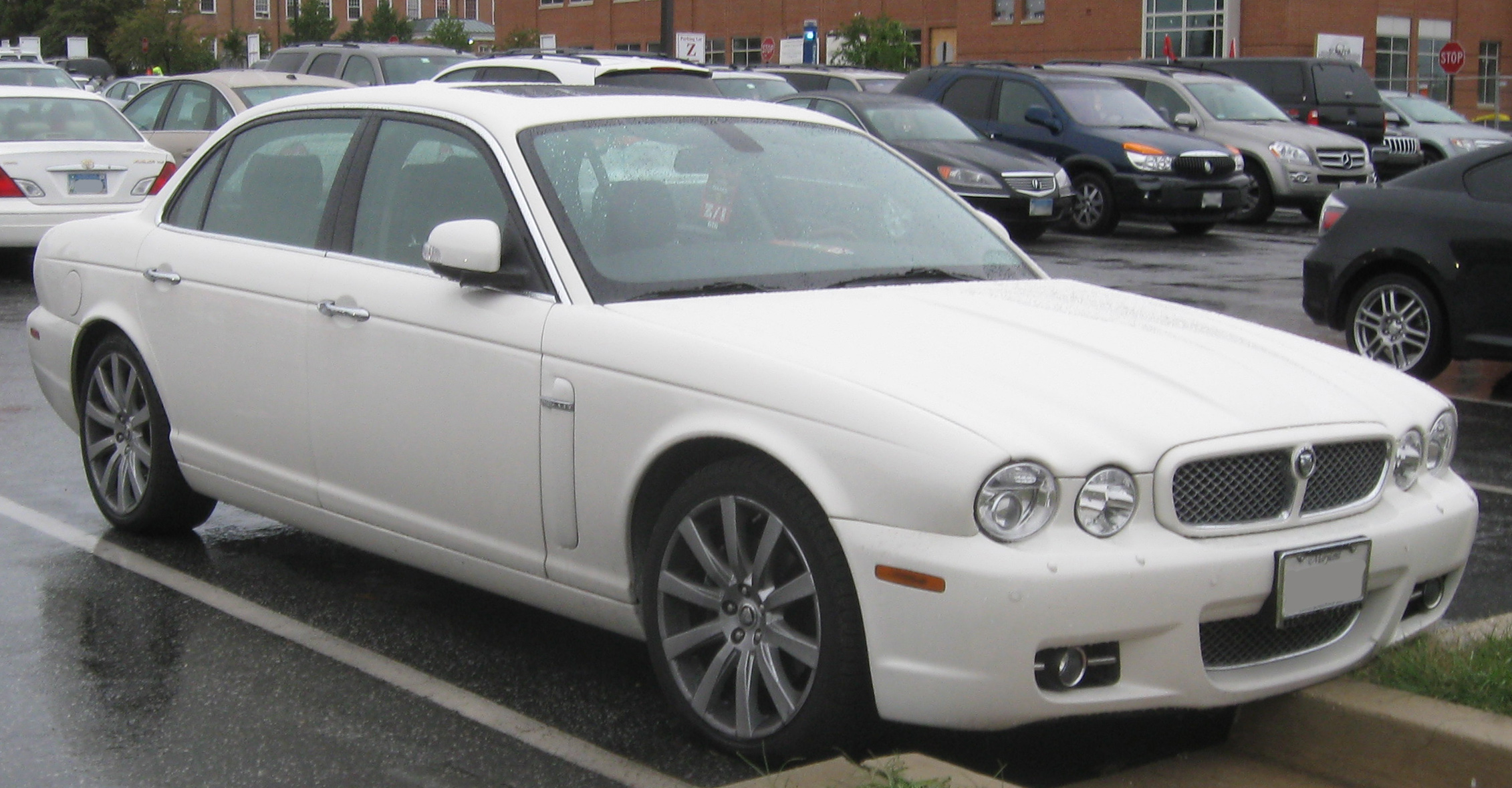 Jaguar XJR III (X358) 2007 - 2010 Sedan #3