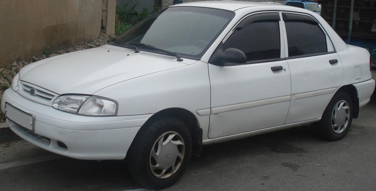 Kia Avella 1994 - 2000 Hatchback 3 door #2