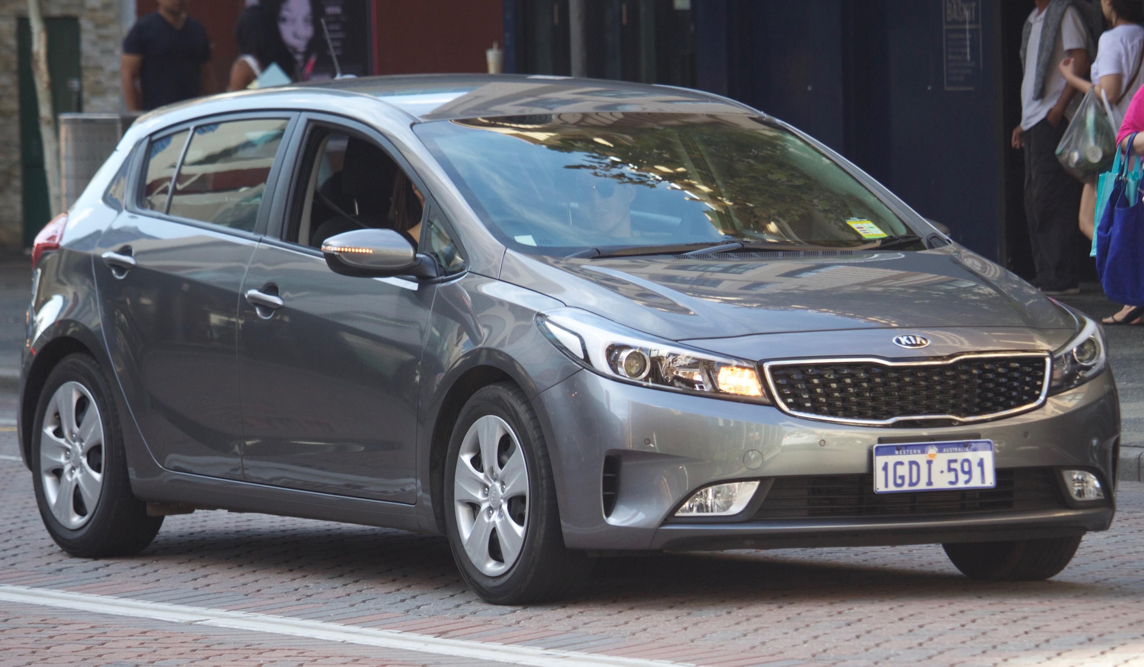 Kia K3 I Restyling 2015 - now Sedan #4