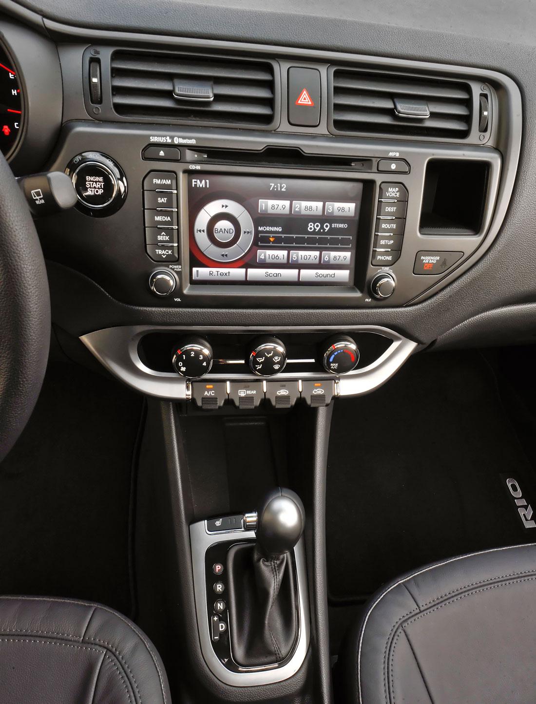Kia Rio I 1999 - 2002 Hatchback 5 door #2