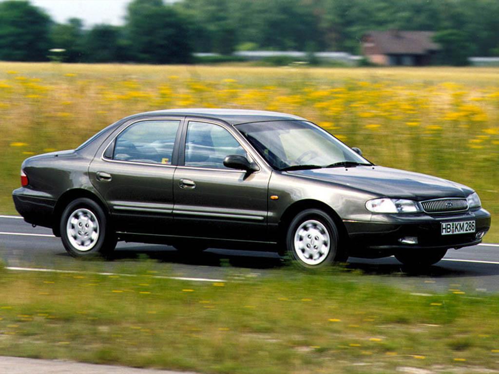 Kia Clarus I 1996 - 1998 Sedan #2