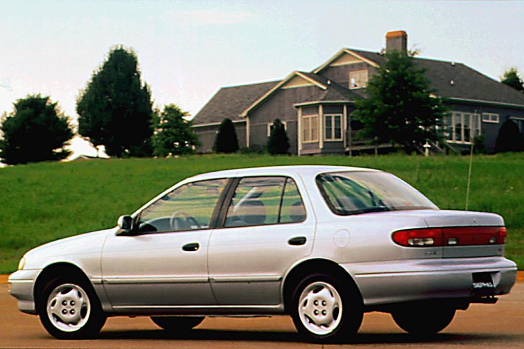 Kia Sephia I Restyling 1994 - 1998 Hatchback 5 door #5