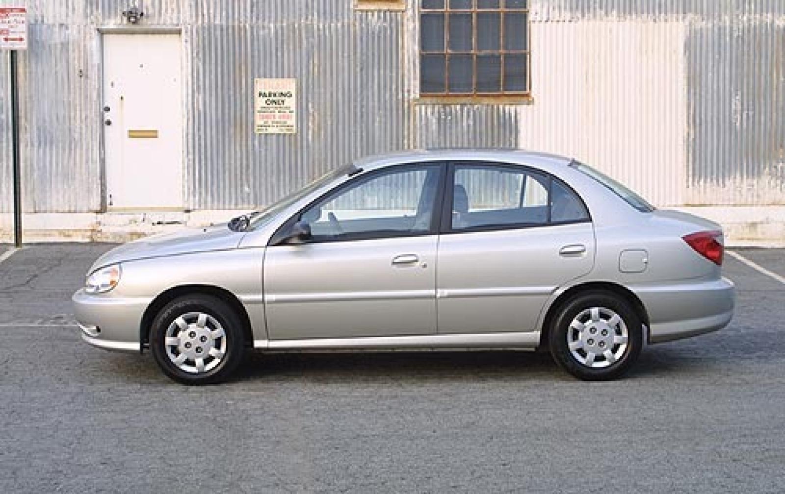 Kia Rio I 1999 - 2002 Sedan #3