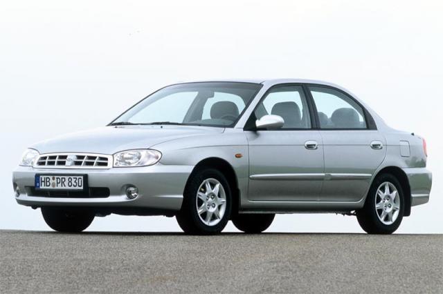 Kia Shuma II 2001 - 2004 Liftback #1
