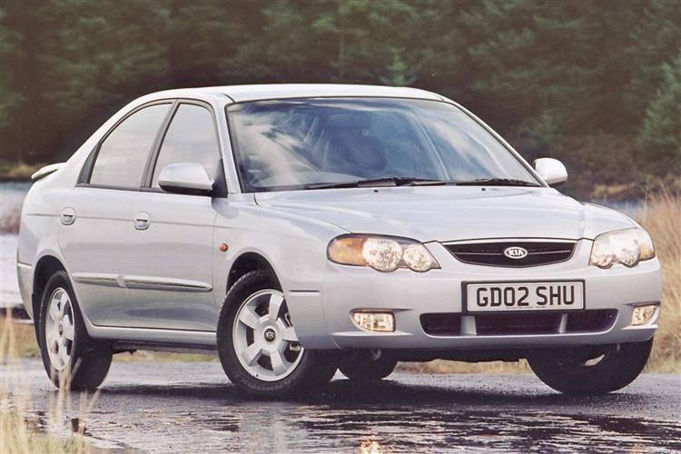 Kia Shuma II 2001 - 2004 Liftback #5