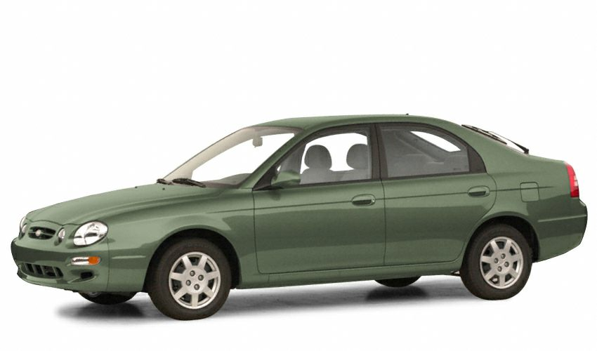 Kia Spectra I 2000 - 2001 Liftback #1
