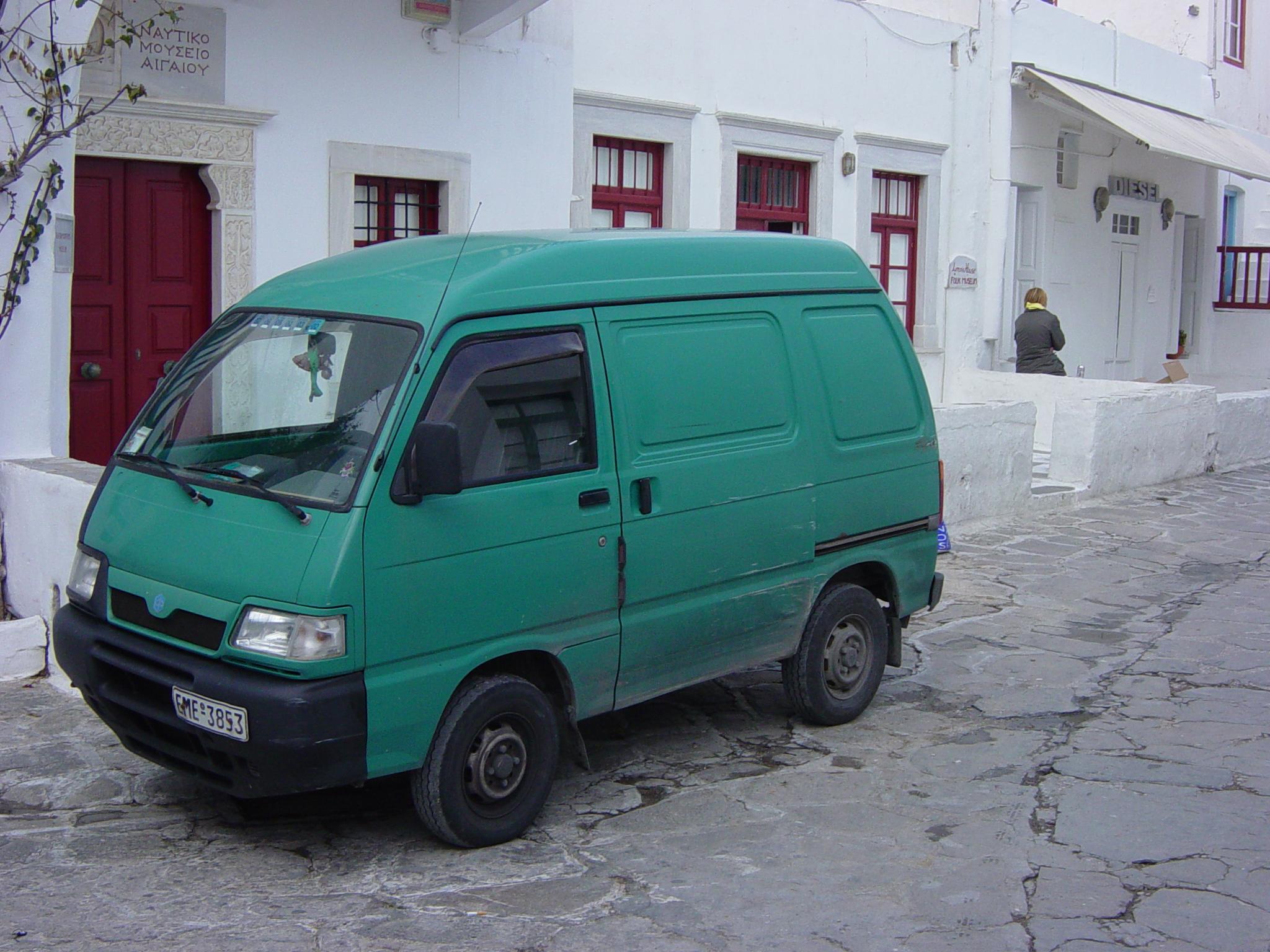 Kia Towner 1999 - 2002 Minivan #4