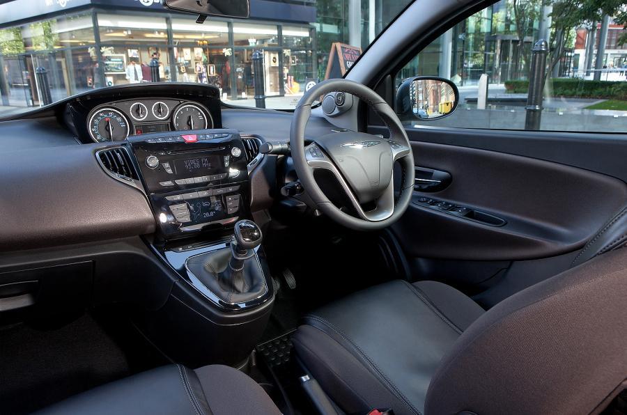 Lancia Ypsilon III (Type 846) 2011 - 2015 Hatchback 5 door #4