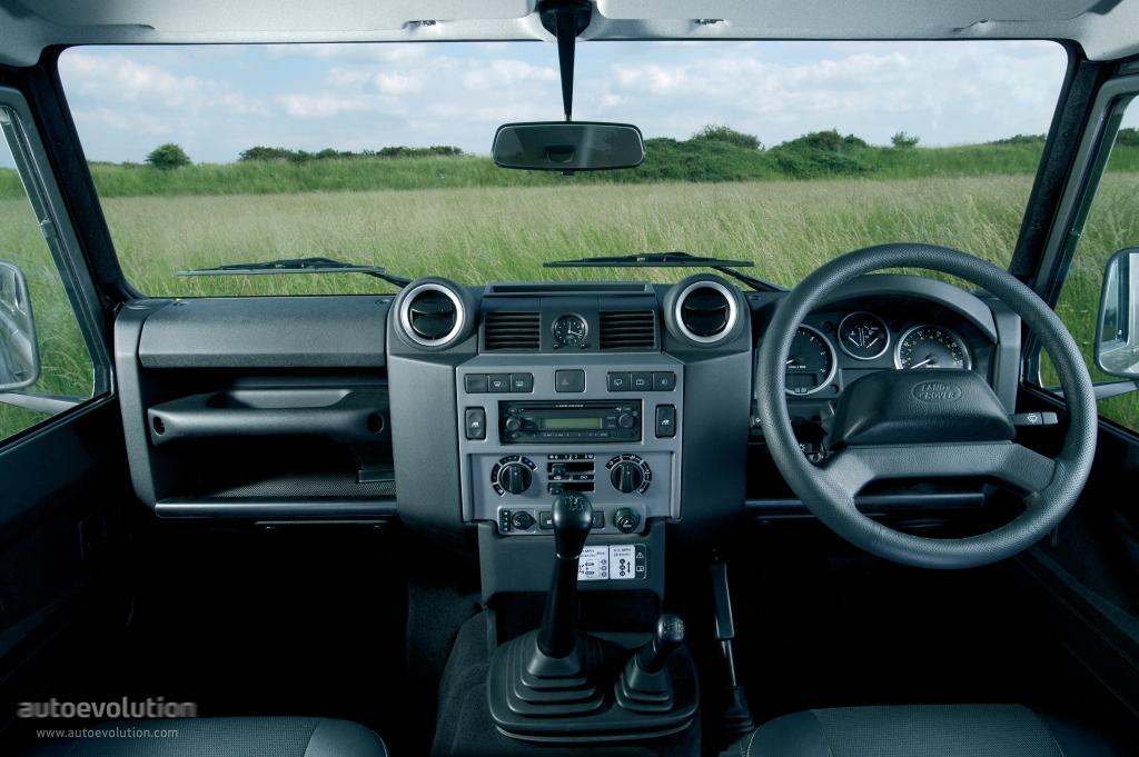 Land Rover Defender 2007 - 2016 Pickup #4