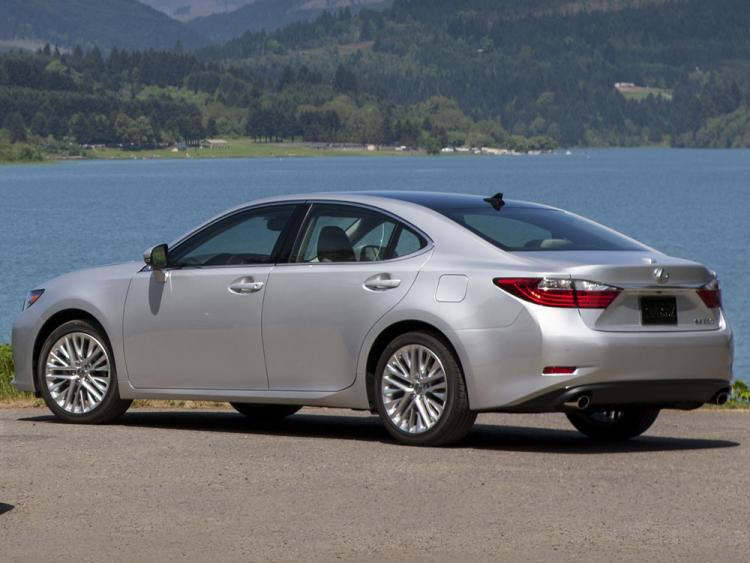 Lexus ES VI Restyling 2015 - now Sedan #6