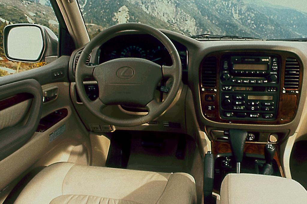 Lexus LX II 1998 - 2002 SUV 5 door #4