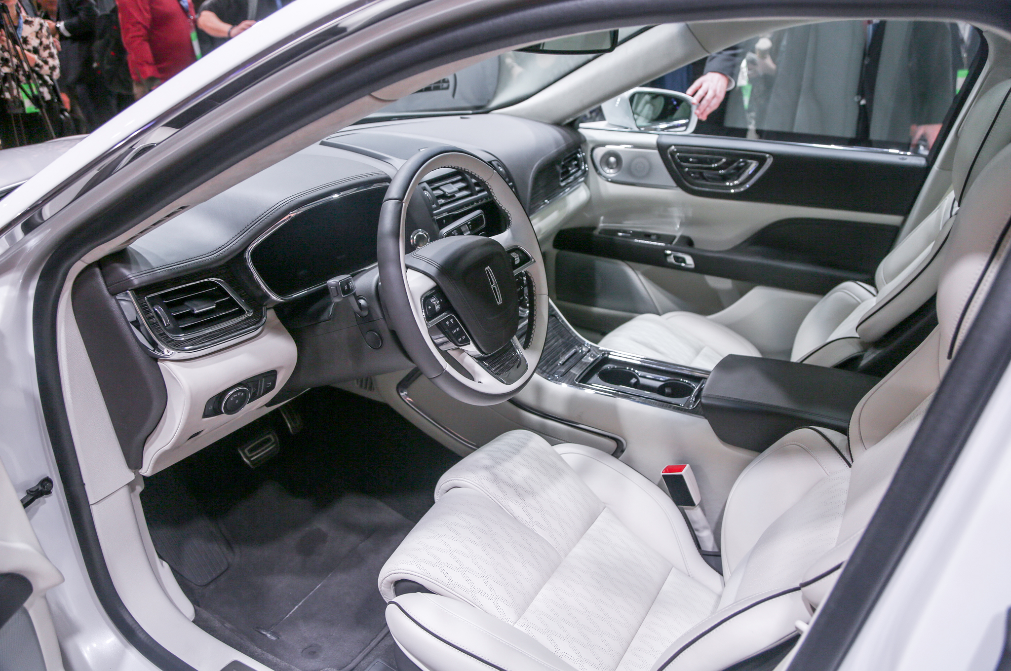Lincoln Continental X 2016 - now Sedan #2
