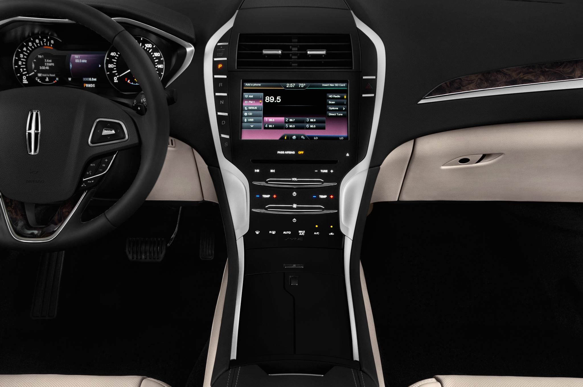Lincoln MKZ II Restyling 2016 - now Sedan #3